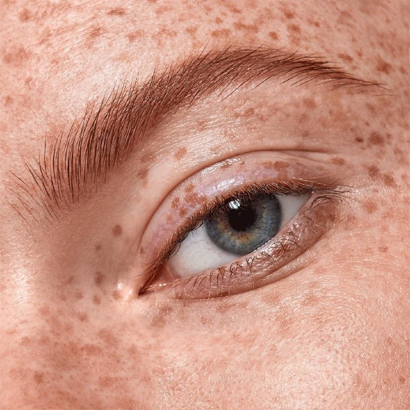 Top 5 produits de coiffage des sourcils. Vérifiez lesquels sont parfaitement adaptés à vos besoins.